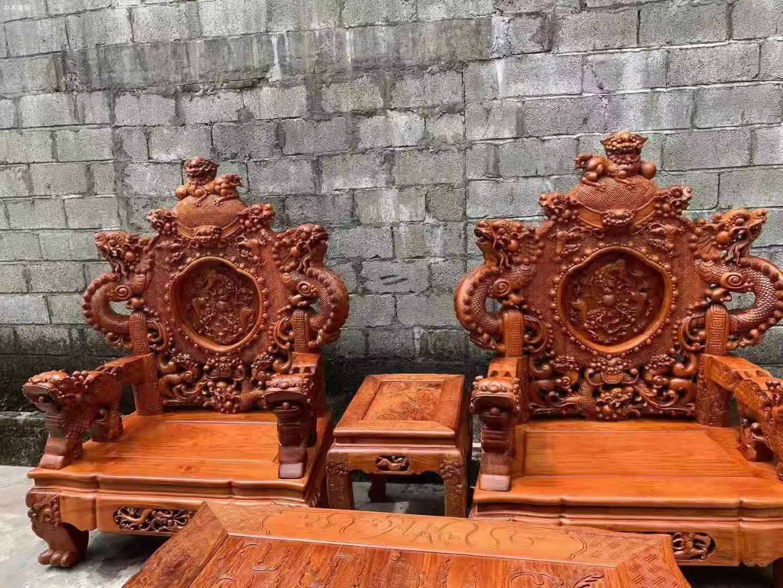 一套精品的缅甸花梨宝鼎沙发,器型好,纹理漂亮品牌