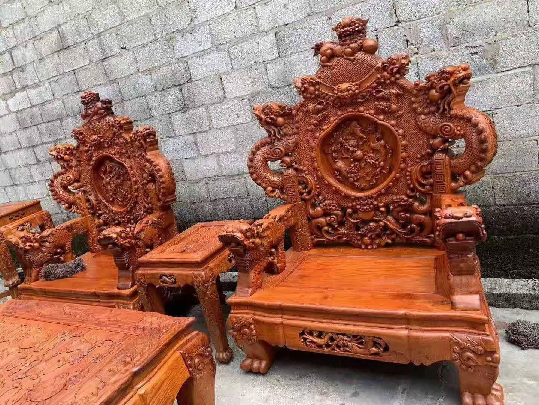一套精品的缅甸花梨宝鼎沙发,器型好,纹理漂亮图片
