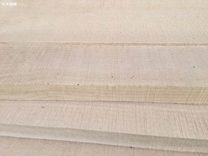 国产白蜡木(白椿木)板材家具的优缺点及价格多少钱一立方米
