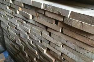 河南榆木板材高清图片