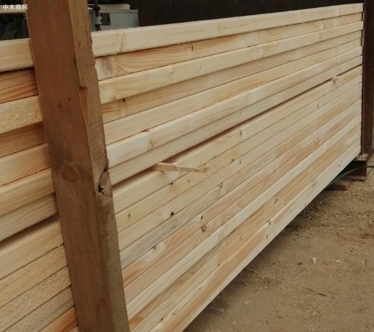 俄罗斯白松建筑板材价格行情上扬