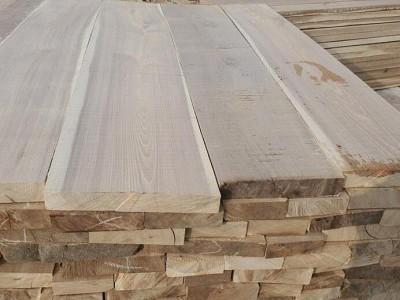河南榆木板材多少钱一平方?