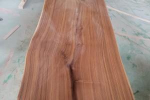 美国黑胡桃木大板生产厂家
