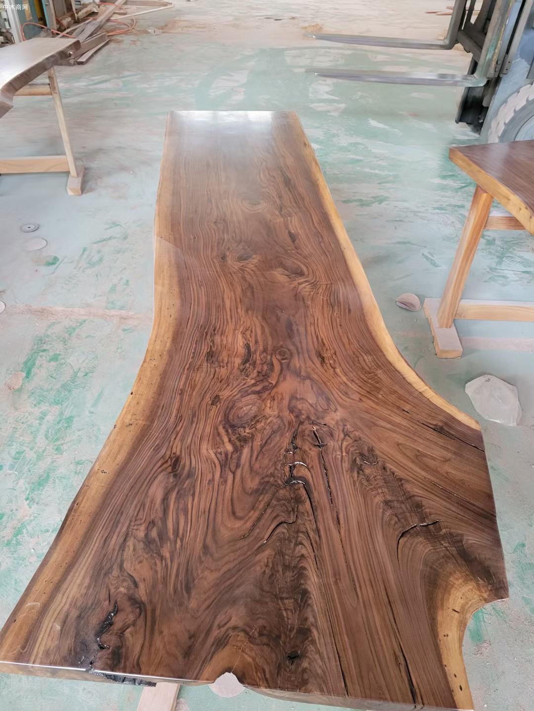美国黑胡桃木大板生产厂家图片