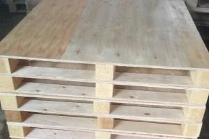 胶合板托盘是木托盘吗和需要熏蒸吗?