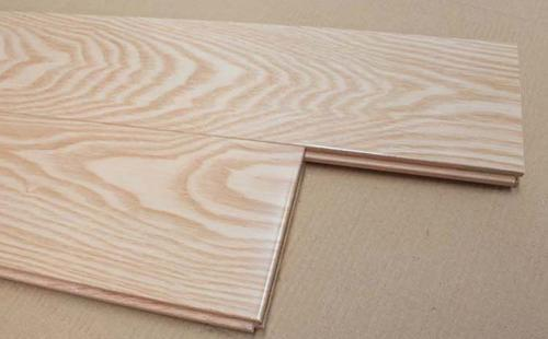 水曲柳是什么木头生长在哪及水曲柳木家具优缺点有哪些品牌