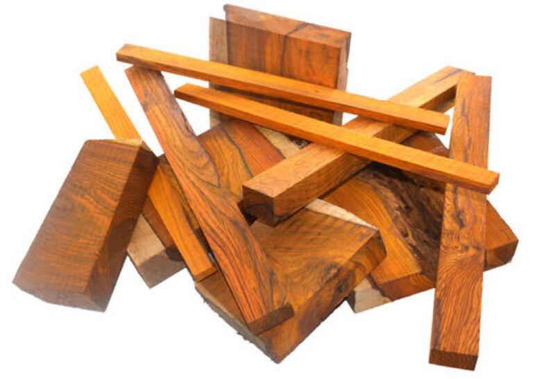 微凹黄檀木材的构造特征