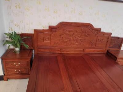 大果紫檀荷花床价格多少钱 ?