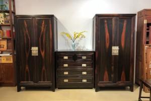 什么是交趾黄檀衣柜古典家具?
