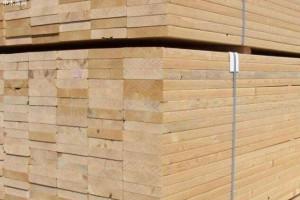 截至4月16号北美基准木材西部SPF价格三级跳