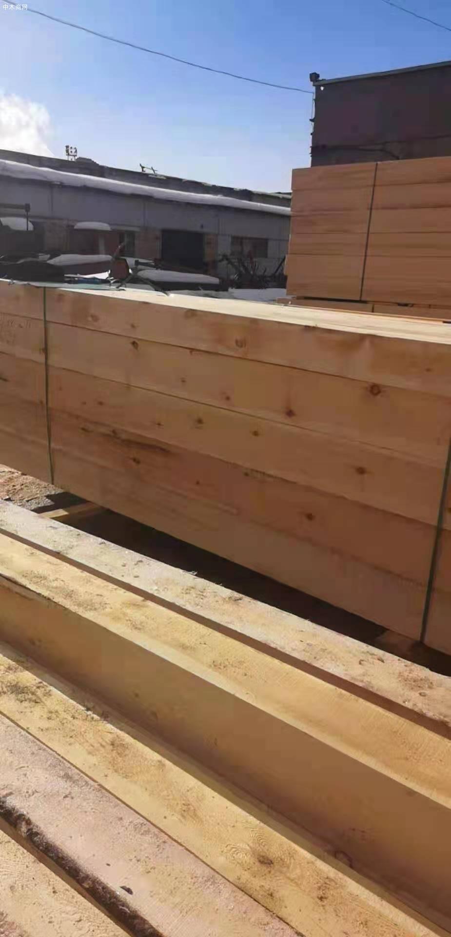 俄罗斯樟子松防腐木供应商质量材质上乘厂家