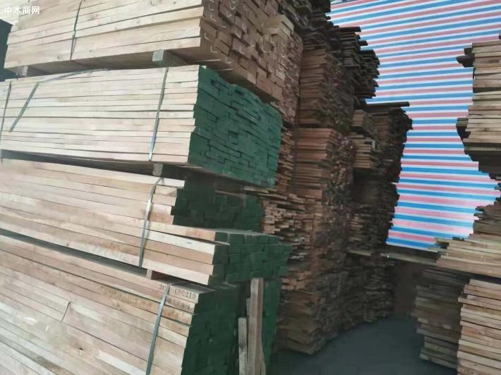 樱桃木是不是比较轻,樱桃木板材是不是很容易裂开