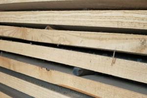山东泰安两家木材加工厂粉尘污染责令整改