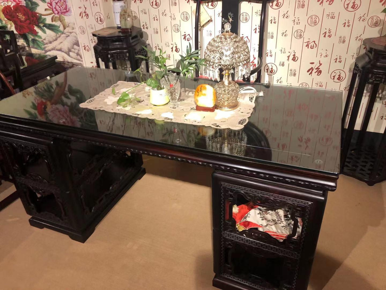 大红酸枝交趾黄檀书桌椅的优点和好处图片