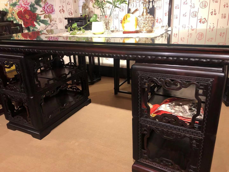 大红酸枝交趾黄檀书桌椅的优点和好处厂家