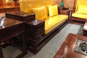 高端大气上档次花枝客厅新中式沙发五件套批发价格