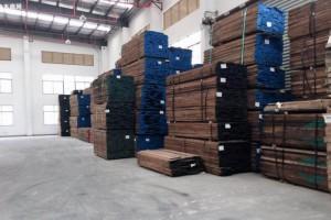 北美SPF板材5月份期货合约收盘价突破1500美元大关
