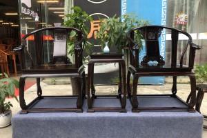 皇宫椅还是交趾黄檀大红酸枝的好?