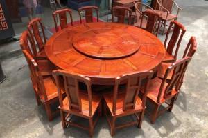 缅甸花梨国色天香两米大圆餐桌高清图片