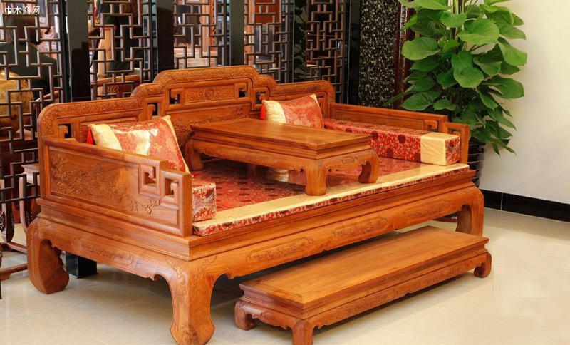 什么是红木家具罗汉床以及罗汉床的摆放位置有什么禁忌