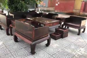 大红酸枝黑红老料素面光板沙发价位在多少?