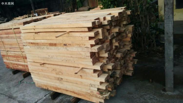 橡胶木价格行情