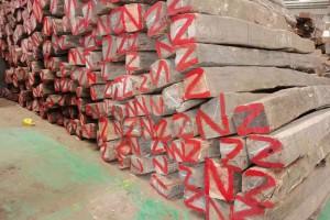 大量收购处理红木料板材