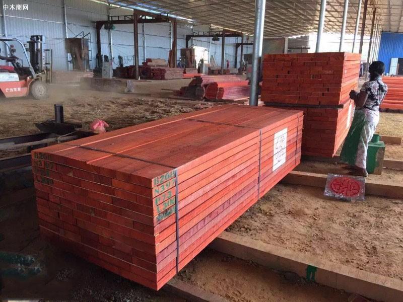 红花梨木板材价格行情